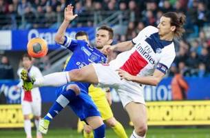 paris saint-germain open up big lead in title race, stroll away from bastia