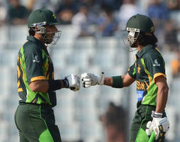 alam Fawad heroics support Pakistan to set 261 runs target for Sri Lanka in Asia Cup final
